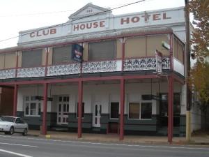 5. Club House Hotel