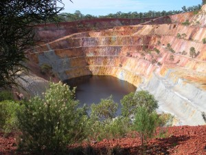Peak Hill Open Cut Gold Mine Experience - TOWN WITH A HEART OF GOLD
